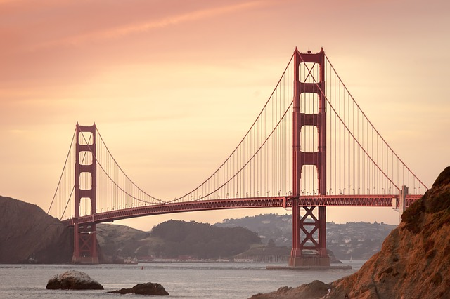 golden-gate-bridge-388917_640
