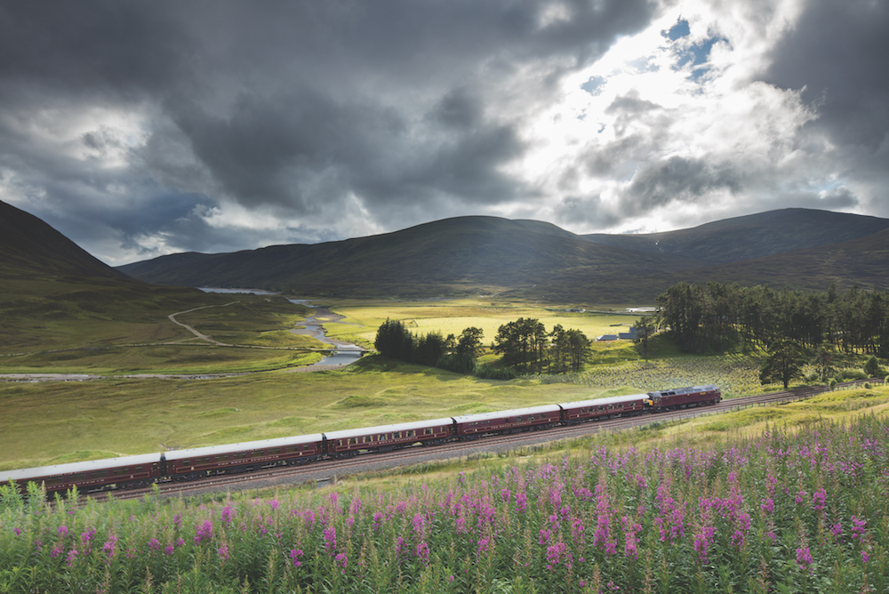 the Royal Scotsman on the line from Perth to Inverness at Dalnaspidal, nr Dalwhinnie, Badenoch and Strathspey, Scotland