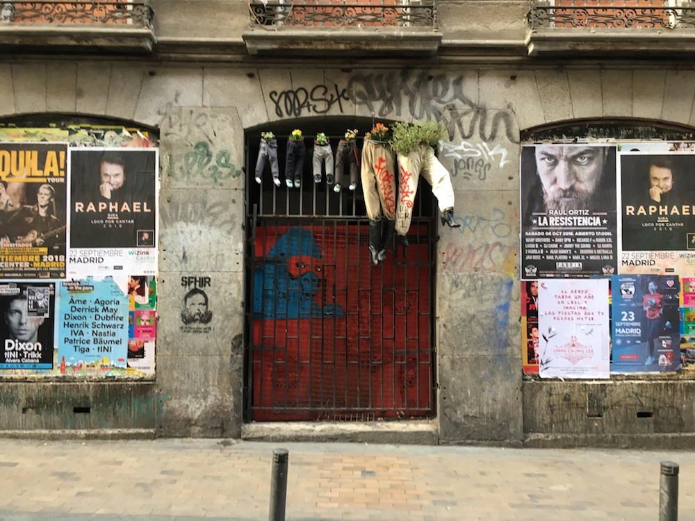 Straatkunst in Malasaña Madrid